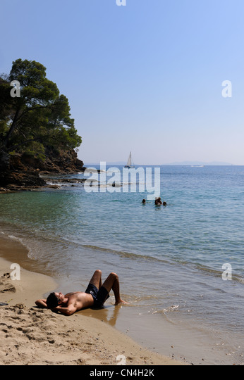 Rayol canadel sur mer stock photos rayol canadel sur mer for Le jardin 3 minutes sur mer