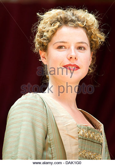 jessie buckley - photo #32