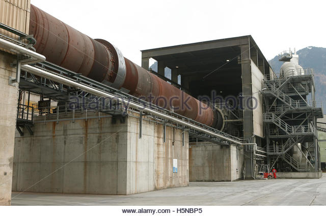 Cement Kiln Clinkers : Rotary kiln stock photos images alamy