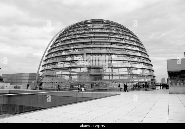 reichstag building black and white stock photos images alamy. Black Bedroom Furniture Sets. Home Design Ideas