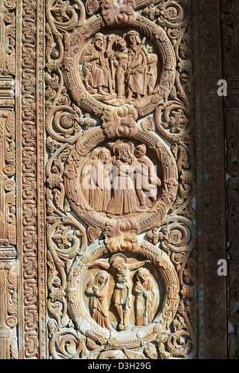 Bas relief of the crucifiction of Christ from the Gothic doors of the Cathedral Basilica of & Gothic Doors Stock Photos \u0026 Gothic Doors Stock Images - Alamy Pezcame.Com
