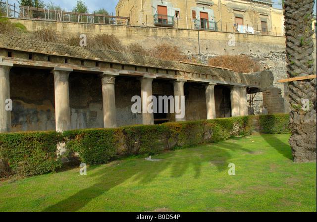 Roman Garden Herculaneum Stock Photos Roman Garden