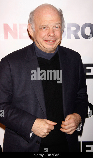 wallace shawn stock photos wallace shawn stock images alamy. Black Bedroom Furniture Sets. Home Design Ideas