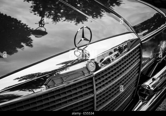 W116 stock photos w116 stock images alamy for Mercedes benz christmas ornament
