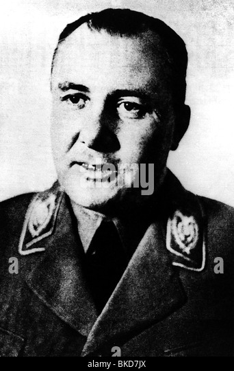 martin bormann World war ii nazi german war criminal he served as head of the nazi party chancellery and and as private secretary to adolph hitler, and by the end of world war ii had become second only to hitler himself in terms of real political power.