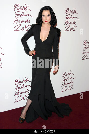 Dita Von Teese Black Dress Stock Photos & Dita Von Teese ...