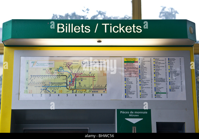 how to use a ticket machine for trains