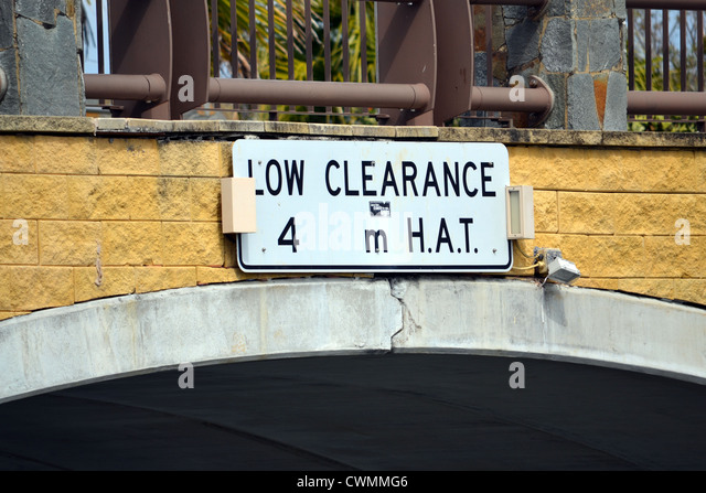 Low Clearance Stock Photos Amp Low Clearance Stock Images