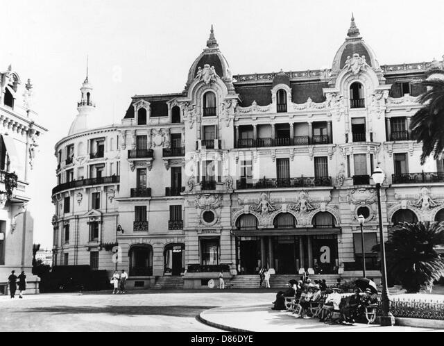 Hotel Rue D Avron Paris