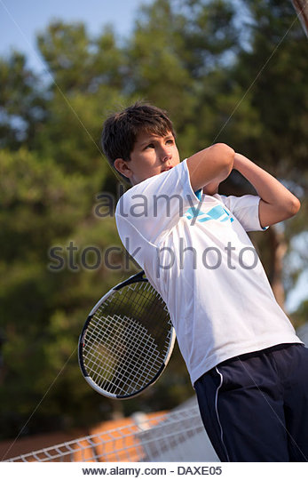 how to learn to play tennis online