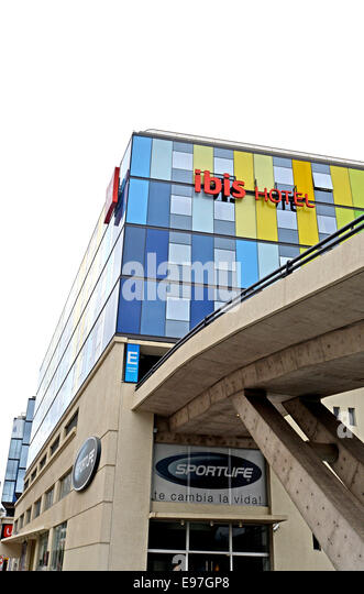 Ibis hotels stock photos ibis hotels stock images alamy for Hotel ibis valparaiso