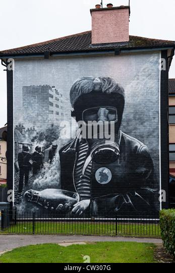Bogside stock photos bogside stock images alamy for Siege mural rabattable