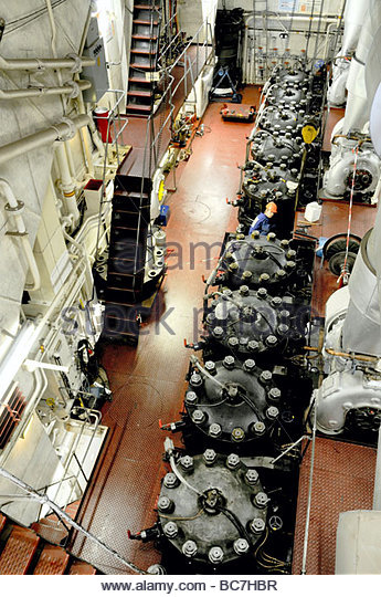 Marine engines stock photos marine engines stock images for Outboard motor repair san diego