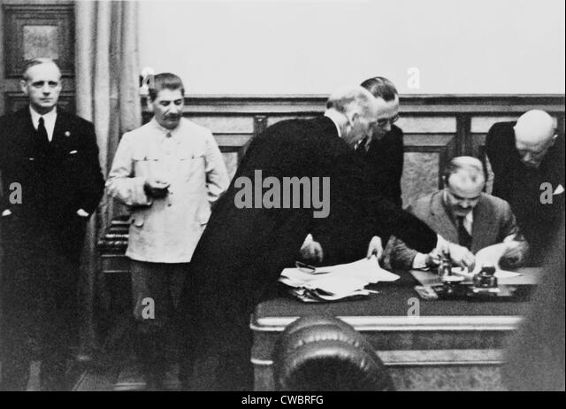 nonaggression pact essay Example of fluid alliance is stalin signing a nonaggression pact with hitler from political 231 at cleveland state essay question test 1.