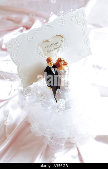 Small Figures Bride Groom Pair Stock s & Small Figures Bride