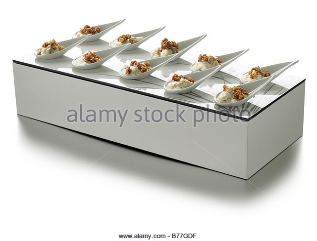 Oeuvers stock photos oeuvers stock images alamy for Perspex canape trays