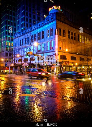 Peachtree Street in downtown Atlanta on a rainy night, Georgia, USA - Stock Image