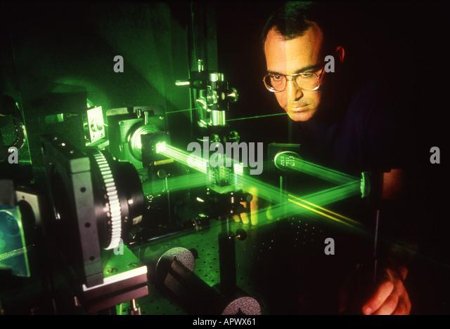 online crystal oscillator design and temperature compensation