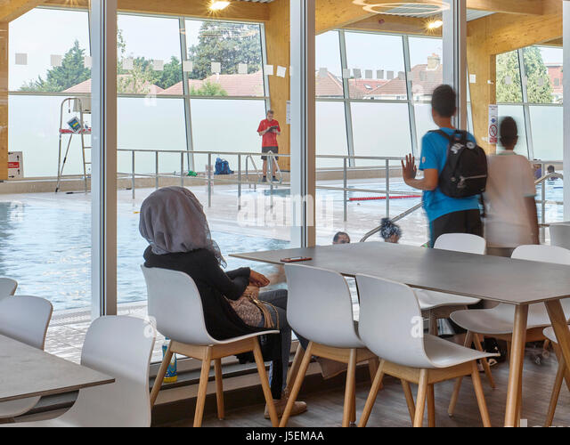 Leisure Centre Pool Interior Stock Photos Leisure Centre Pool Interior Stock Images Alamy