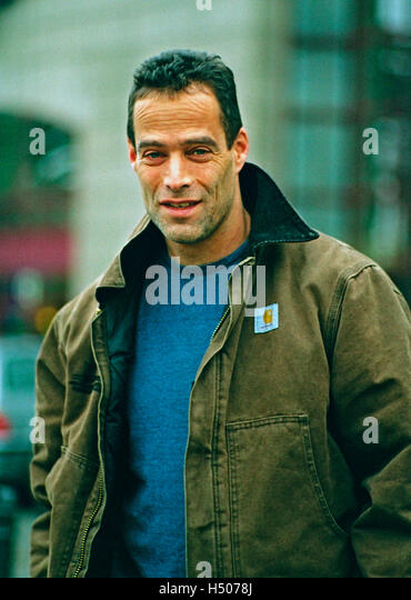 a review of the perfect storm by sebastian junger The perfect storm by sebastian junger buy the worst storm in history seen from the wheelhouse of a doomed fishing trawler a mesmerisingly vivid account of.