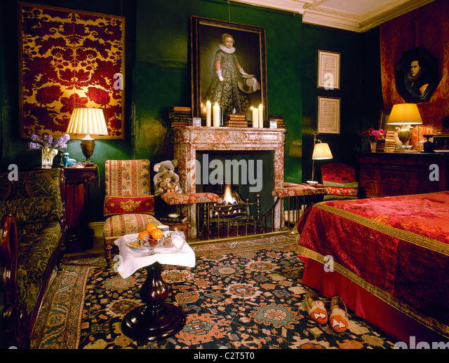 tapestry wall stock photos & tapestry wall stock images - alamy