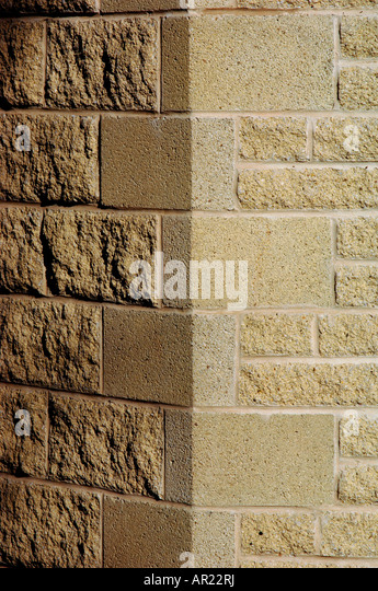 how to build a breeze block wall