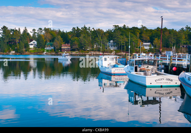 Maine lobster stock photos maine lobster stock images for Lobster fishing in maine
