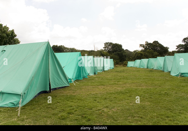 Rows of Scout tents lined up in a field. - Stock Image & Field Tents Uk Stock Photos u0026 Field Tents Uk Stock Images - Alamy