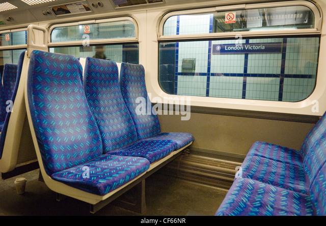 london victoria station stock photos london victoria station stock images alamy. Black Bedroom Furniture Sets. Home Design Ideas