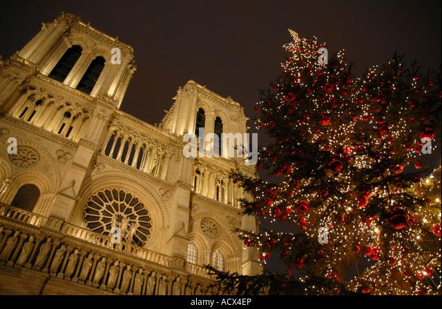 Notre Dame Cathedral Paris Christmas Stock Photos & Notre Dame ...