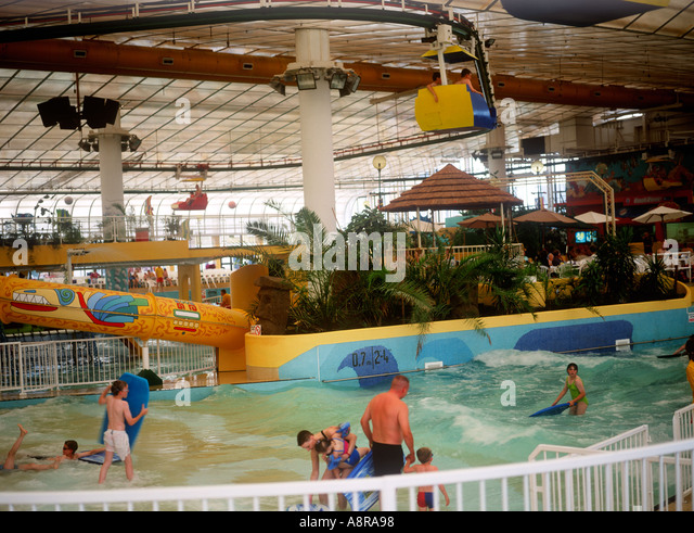 25 innovative swimming pools with slides north wales for Swimming pools in the north east