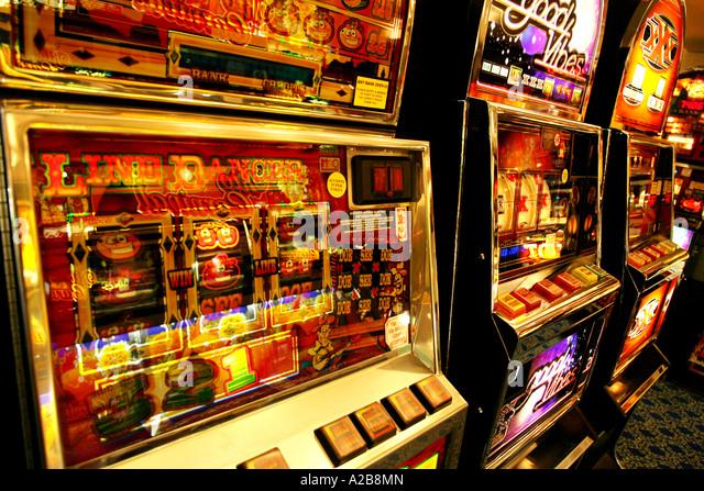 Brighton pier slot machines martingale casino war