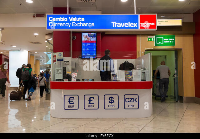 gatwick airport bureau de change ttt moneycorp bureau de change near the passenger hand luggage. Black Bedroom Furniture Sets. Home Design Ideas