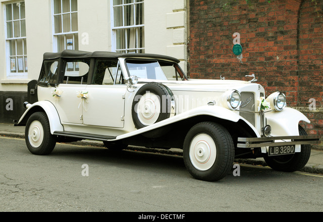 Bridal Car Stock Photos Bridal Car Stock Images Alamy