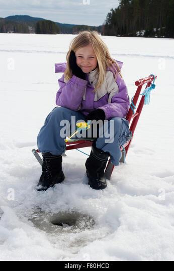 Ice fishing girls - photo#22