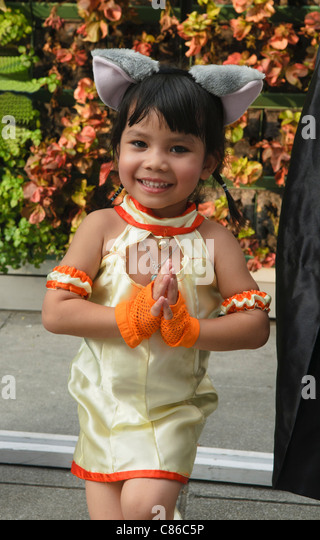 Bangkok cosplay stock photos bangkok cosplay stock for Tiny thai teen