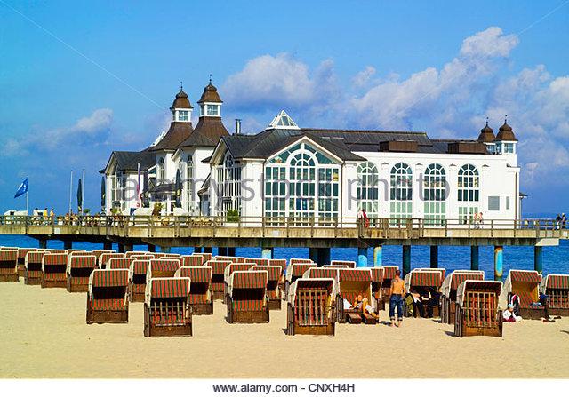 Bathing jetties stock photos bathing jetties stock for Spa hotel eifel germany