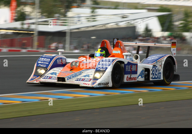 le mans mazda stock photos le mans mazda stock images alamy. Black Bedroom Furniture Sets. Home Design Ideas