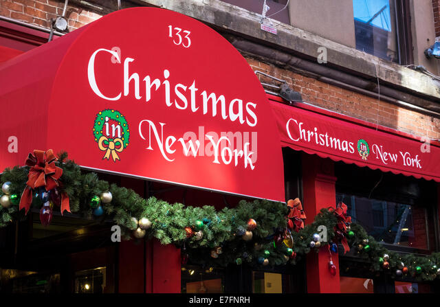 Christmas Shopping New York Stock Photos & Christmas Shopping New ...