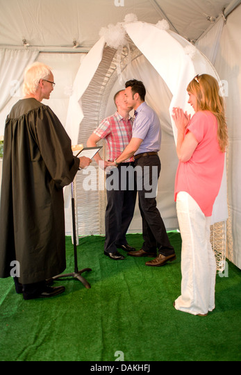 civil marriages The parents, now divorced, presumably once obtained a civil license and entered upon a legal marriage children from that union are, therefore, their legitimate offspring legitimate, in this sense, means legal.