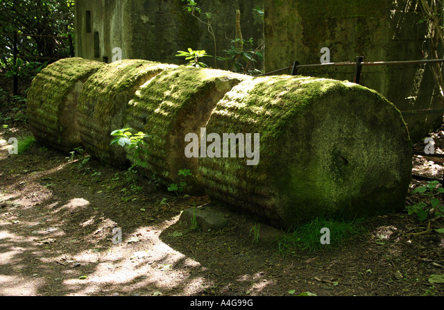 Broken Stone Pillar : Broken mast stock photos images alamy