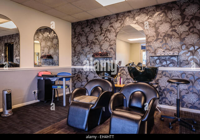 Backwash stock photos backwash stock images alamy for Beauty salons in manchester