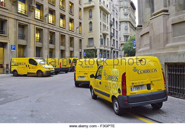 Correos stock photos correos stock images alamy for Oficina central correos madrid
