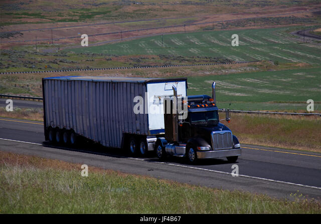 Black Semi Truck Trailer : Unmarked lorry stock photos images