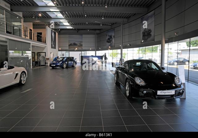 Porsche Showroom Stock Photos Amp Porsche Showroom Stock