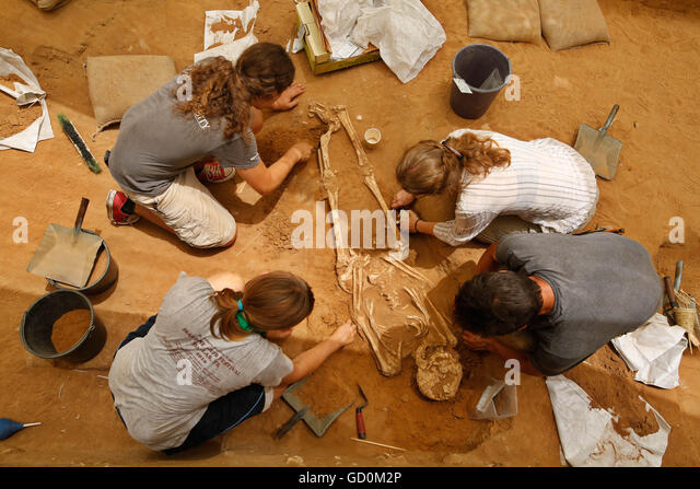 kiryat ekron christian women dating site The city of ekron ( hebrew : עֶקְרוֹן  ʿeqrōn, also transliterated accaron), was one of the five cities of the famed philistine pentapolis , located in southwestern canaan.
