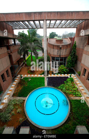 Small Garden With Fountain In Centre In Campus Of Amul Factory In Anand ;  Gujarat ;