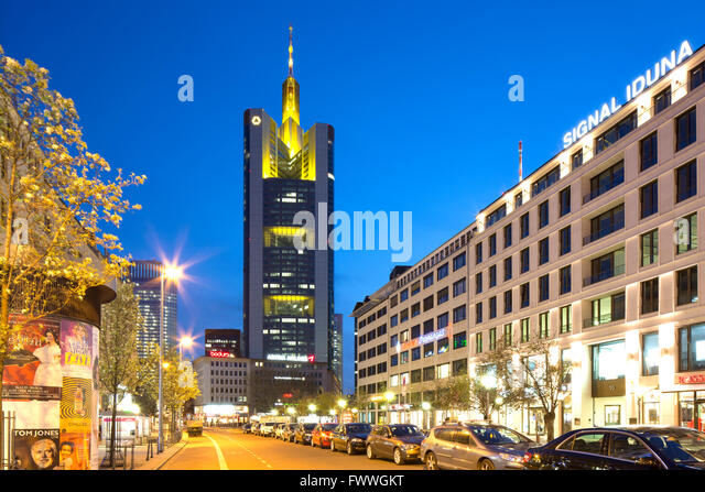 Foster and partners stock photos foster and partners stock images alamy - Commerzbank london office ...