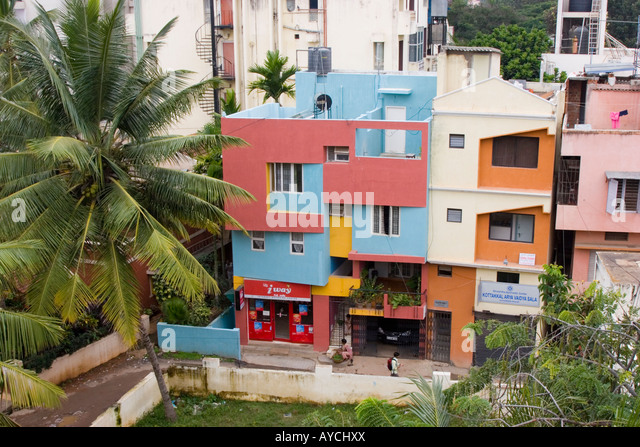 Flats bangalore stock photos flats bangalore stock for Apartments with shops below
