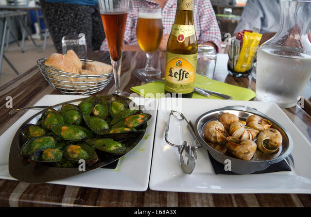 Snails and france stock photos snails and france stock for Restaurant st mandrier